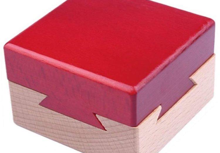 Casse-tête chinois en bois en forme de cube rouge Secret Puzzle Moraphee